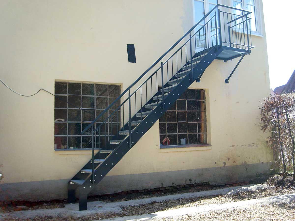 Metallbau Ansbach - Treppe Nördlingen Stahl